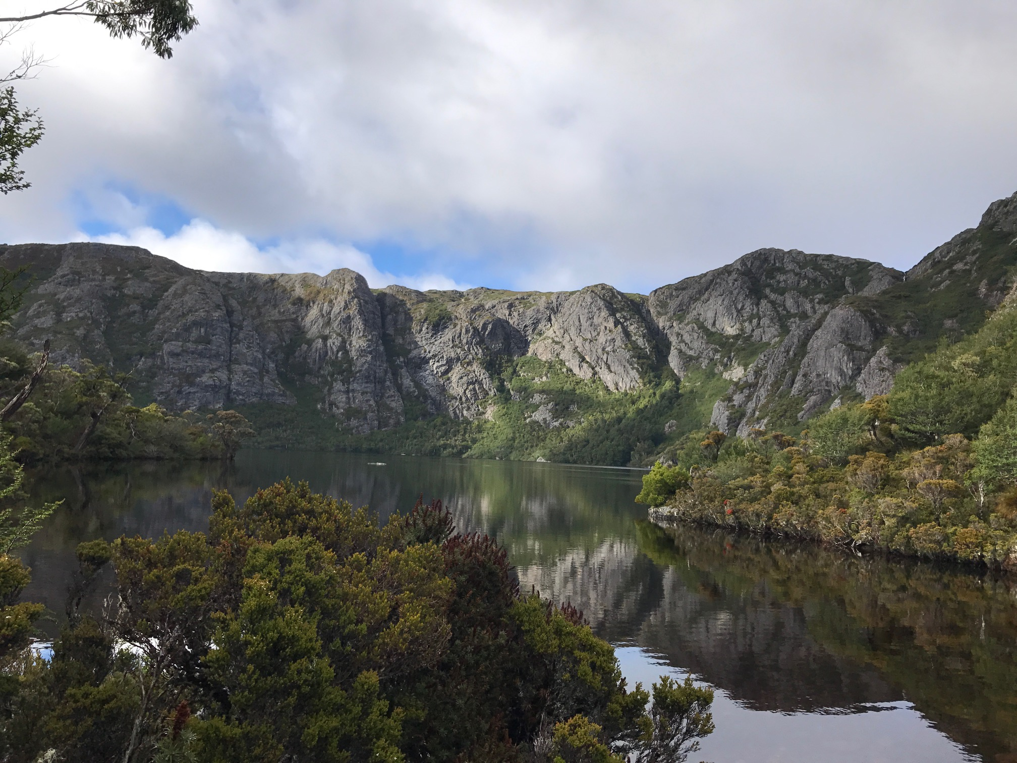 Trekking Cradle Mountain, Tasmania