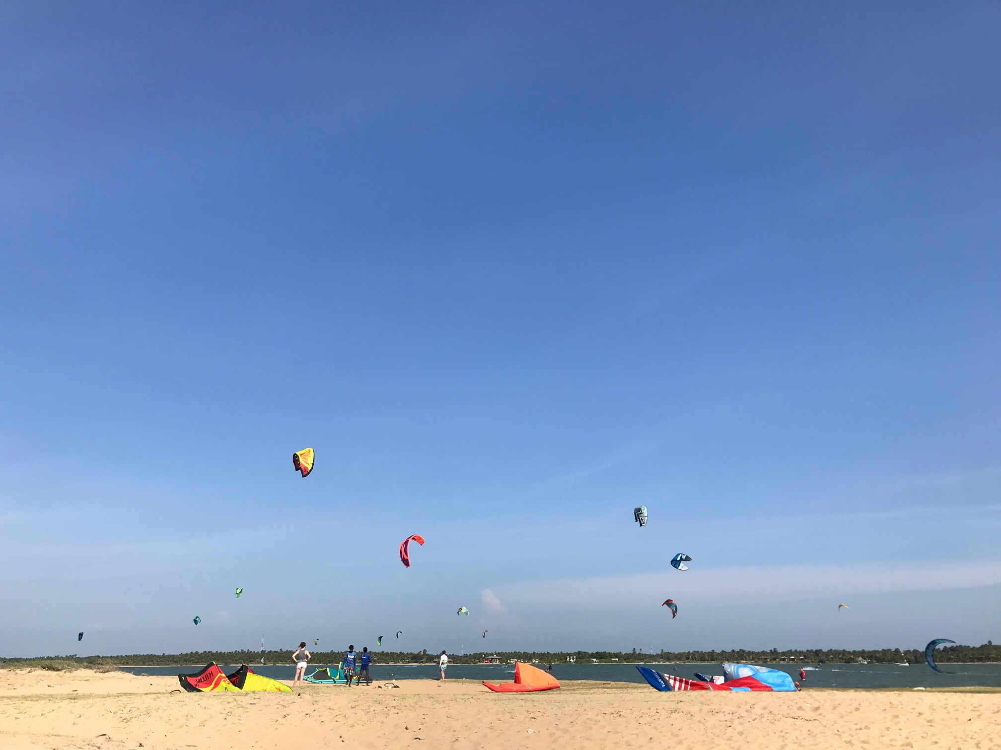 Learning to Kite Surf, Sri Lanka